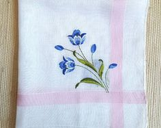 """Vintage 1950s Embroidered White Cotton Batiste Hankie 