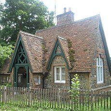 English Victorian era cottage. This looks like the first house I ever owned.