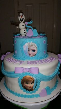 Amy's Crazy Cakes - Disney's Frozen Elsa, Ana and Olaf all fondant