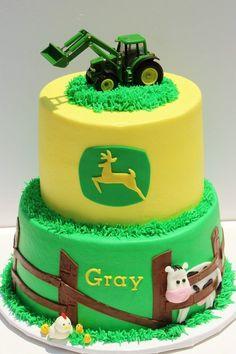 John Deere cake - Idea for my little boys birthday. He's such a freak for JOHN DEERE Fancy Cakes, Cute Cakes, Tractor Baby Shower, Foto Pastel, John Deere Baby, Decoration Patisserie, Farm Cake, Cakes For Boys, Creative Cakes