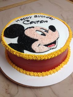 852de6b6321639c06e5ed4333aeea6f9.jpg 2,448×3,264 pixels Mickey Mouse Birthday, Mickey Mouse Cake, Fiesta Mickey Mouse, Mickey Cakes, Minnie Mouse Party, Mouse Parties, Pastel Micky Mouse, Baking Cupcakes, Cupcake Cookies
