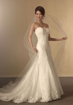 Strapless mermaid styled gown with sweetheart neckline and all over lace I Style: 2438 I The Alfred Angelo Collection I http://knot.ly/6491B27jB