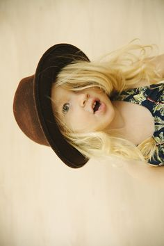 Taylor could totally rock this. I wish she was more of a hat girl.