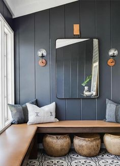 I keep thinking about how to add built in bench seating / hang space into our living room or den. Love the idea of little nooks to hang throughout the house Beach Cottage Style, Beach House Decor, Coastal Style, Beach Cottage Bedrooms, Coastal Bedrooms, Coastal Living, Home Design, Home Interior Design, Interior Ideas