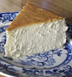 Recipe for New York Cheesecake - This cheesecake has become the favorite of family and friends who've had the good fortune to be served this slice of heavenly goodness.