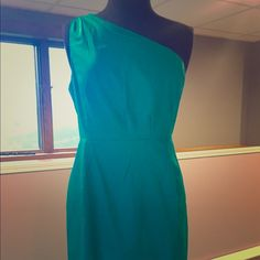 Gorgeous J.Crew dress Stunning J.Crew one shoulder dress!  Pictures don't do this jewel tone emerald dress justice!  Worn once, perfect condition and from a smoke free home.  Thank you for looking and happy Poshing! J. Crew Dresses One Shoulder