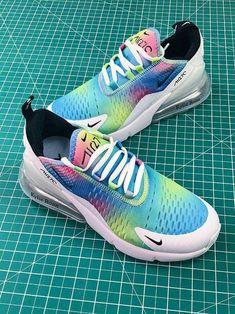 big sale 154dc 89864 Nike Air 270 Rainbow
