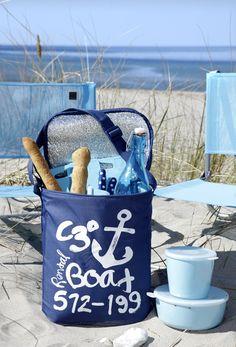 Den perfekte picnic kan hurtigt blive afsporet, hvis du har glemt glas eller det varme tæppe. Derfor har vi samlet det ultimative grej til en skøn picnic.