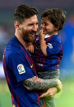 BARCELONA, SPAIN - MAY Lionel Messi of FC Barcelona smiles with his son Mateo Messi as they enjoy the celebration at the end the La Liga match between Barcelona and Real Sociedad at Camp Nou on May 2018 in Barcelona, Spain. (Photo by Quality Sport Neymar, Lional Messi, Messi Soccer, Top Soccer, Soccer Tips, Nike Soccer, Soccer Cleats, Barcelona Sports, Lionel Messi Barcelona
