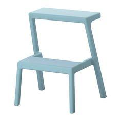 IKEA - MÄSTERBY, Scaletta/sgabello, Poiché è impilabile, puoi tenerne diversi a portata di mano nello spazio di uno.Lo sgabello è facile da sollevare, da spostare e al tempo stesso è stabile e resistente.Questo sgabello/scaletta non richiede montaggio e non ha viti da serrare poiché è sagomato in un unico pezzo.