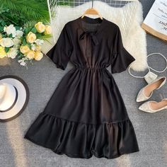 2019 summer new korean style pure color sweet butterfly collar horn sleeve skinn Casual Gowns, Stylish Dresses, Simple Dresses, Cute Dresses, Vintage Dresses, Modest Dresses Casual, Teen Fashion Outfits, African Fashion Dresses, Fashion Goth
