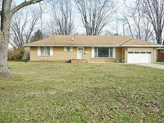 This brick ranch home located at 6010 Angleview, Sylvania, Ohio, 43560 has a great floor plan perfect to suit any decor! Newly painted neutral interior, 3 bedrooms, 1.5 bath, the family room has a wood burning fireplace with built in bookcases, and enjoy a screened in porch featuring skylights!Priced at $109,900. #qulityrealestate #realty #wemakeitworryfree #brickranch Contact Donna Friesner at http://www.donnafriesner.danberry.com.