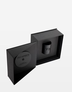 THIS IS MY DREAM – DVD PACKAGE    To celebrate ten years of collaboration between Yohji Yamamoto and adidas, Y-3 specially created this unique and limited DVD package. The package includes the short film in a DVD format and an aroma candle with a uniquely designed fragrance.