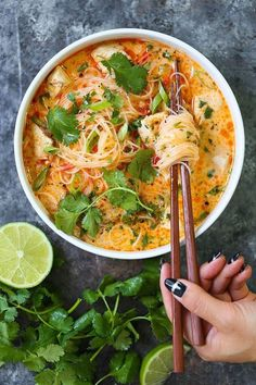 Thai Red Curry Noodle Soup – Yes, you can have Thai takeout right at home! This … Alpi – Abendessen Soup Recipes, Chicken Recipes, Dinner Recipes, Cooking Recipes, Asian Recipes, Healthy Recipes, Ethnic Recipes, Red Curry Recipes, Lime Recipes