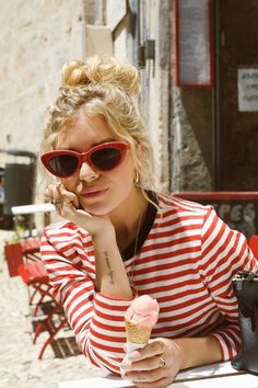 Im heading to Lisbon soon so better find this top and sunnies ღ Stylish outfit ideas for women who follow fashion ღ