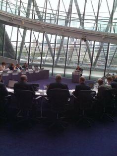 London Mayor (Boris Johnson) and London Assembley Members in meeting at GLA…
