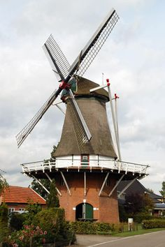 Flour mill De Vier Winden / Weerselose Molen, Reutum (Weerselo), the Netherlands