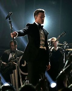 Just saw JT in concert tonight annnnd 1. He's hot 2. He's an amazing performer 3. Best concert of my life