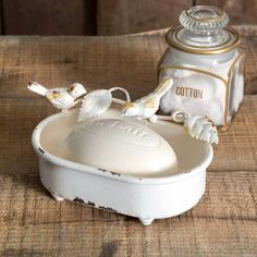 Vintage White Bird Soap Dish - The Reclaimed Farmhouse. Complete your farmhouse bathroom décor with this lovely songbird soap dish. The charming vintage soap dish is adorned with a pair of delicate songbirds perched on a vine. Country Farmhouse Decor, French Country Decorating, Farmhouse Chic, Industrial Farmhouse, Modern Industrial, Country Décor, Cottage Decorating, Vintage Farmhouse, Soap Holder