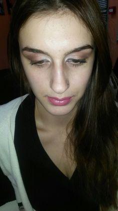Classic make up
