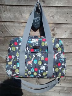 Nappy bag/Diaper bag/Changing bag PDF by SewingPatternsbyMrsH
