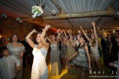 Fotos casamento em Tiradentes MG – Pousada Brisa da Serra - Igreja Matriz de Santo Antonio:  Julia e Thiago