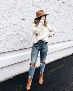 20 Edgy Fall Street Style 2018 Outfits To Copy - - Casual Fall Fashion Trends & Outfits 2018 - Autumn Fashion Casual, Fall Fashion Trends, Fashion Ideas, Winter Fashion, Fashion Hacks, Fashion Tips, Casual Winter Outfits, Casual Fall Outfits, Autumn Outfits