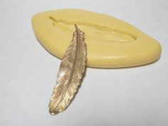 FEATHER (medium) - Flexible Silicone Mold - Push Mold, Jewelry Mold, Polymer Clay Mold, Resin Mold, Craft Mold, Food Mold, PMC Mold