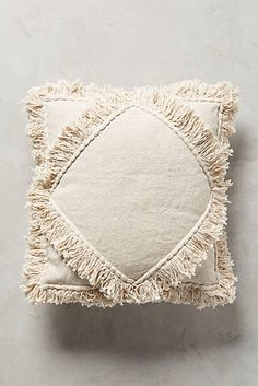 Beautiful Moroccan Pillow That Can Increase Your Home Beauty: Best Ideas - Nahen Ideen Diy Pillows, Decorative Pillows, Throw Pillows, Decorative Items, Tapetes Diy, Deco Boheme, Home Textile, Cushion Covers, Pillow Covers