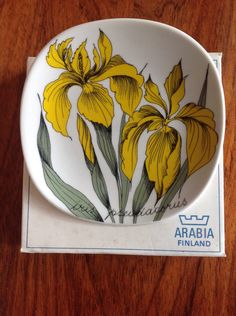 Arabia Botanica plate by Esteri Tomula - Iris - boxed - made in Finland by myvintagecave on Etsy