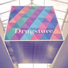 Cubo - Drugstore.