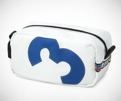 Recycled Sailcloth Dopp Kit on http://www.gearculture.com