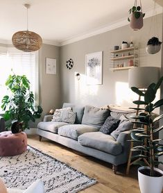 Pale grey living room farrow & ball pavilion gray - Home Decoraiton Grey And Brown Living Room, Grey Walls Living Room, Paint Colors For Living Room, Living Room Sofa, Living Room Decor, Farrow Ball, Rectangular Living Rooms, Living Comedor, Interiores Design