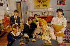 Jooheon, Hyungwon, Kihyun, Yugyeom, Luhan, Mamamoo, K Pop, Exo Teaser, Exo Group Photo