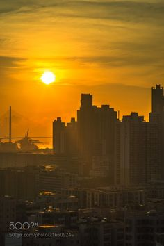 Hong Kong Sunset by misterbay