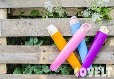 Heerlijke zelfgemaakte yoghurtijsjes --> yoghurt + diksap + vers fruit #CoveltDixap #Appel #Framboos #Cranberry #ijs #fruit #yoghurtijsjes