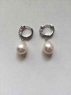 Beautiful akoya white pearls earrings big white by VivienJewellery