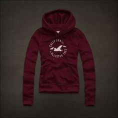 A good ol' Hollister hoodie Hollister Style, Hollister Clothes, Hollister Jackets, Hollister Sweater, Sweatshirt Outfit, Sweater Hoodie, Hollister Fashion, Hollister Shirts, Girly Girl Outfits
