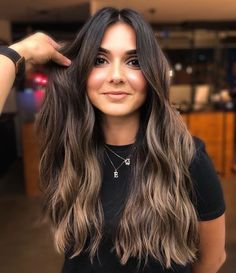 Brown Hair Balayage, Balayage Brunette, Hair Highlights, Brunette Hair Colors, Long Brunette Hair, Sombre Hair, Hot Hair Colors, Different Hair Colors, Light Brown Hair