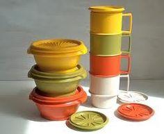 Tupperware- Old School Style