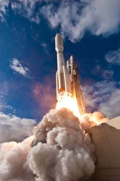 The Atlas 5 rocket launches the Mars Science Laboratory.