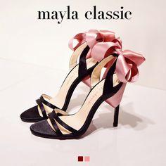 mayla classic Ramonde「『夢色に輝く美しい世界』ロマンチックなリボンのアーチに心ときめきどこまでも恋に落ちてしまいそう 幸せを運ぶ大人の色彩は微笑む女性の優美な魅力を香りのように広げ周囲の人をも幸福で包み込む 絶えることなく広がる永遠の愛は夢色に輝く美しい世界を創り彩る」 #sandal #fashion #mayla_classic