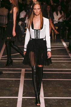 Givenchy Spring/Summer 2015 Ready-To-Wear