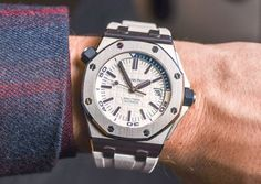 Audemars Piguet Royal Oak Offshore Diver 'Funky Colour Edition' Watches For 2017 Hands-On Hands-On