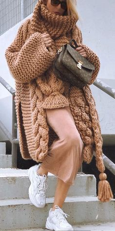 Norwegian Knitting Sweater How To New 2019 &; Page 39 of 50 &; Norwegian Knitting Sweater How To New 2019 &; Page 39 of 50 &; Beth Bradley My […] Sweater pattern Pull Crochet, Mode Crochet, Easy Crochet, Cardigan Pattern, Crochet Cardigan, Sweater Patterns, Crochet Shawl, Knit Crochet, Winter Sweaters
