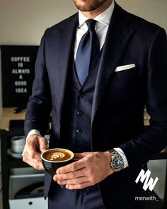 men's fashion style outfit rids tips and men's fashion advices hsen mn Mens Fashion Suits, Mens Suits, Scottish Clothing, Classy Suits, Mode Costume, Designer Suits For Men, How To Look Handsome, Formal Suits, Suit And Tie