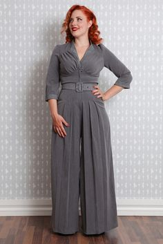 Another example of the Miss Candyfloss styled jumpsuit. They make these in quite a few different colors. Pin Up Outfits, Retro Outfits, Work Outfits, Fashion Outfits, Vintage Jumpsuit, Vintage Pants, Retro Dress, 1940s Fashion, Vintage Fashion