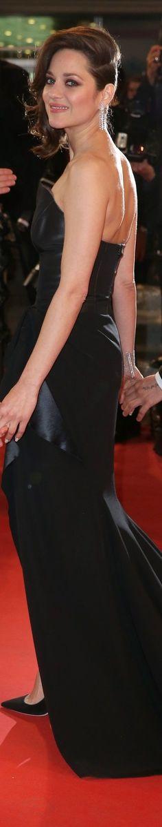 Marion Cotillard in Dior, Cannes 2016