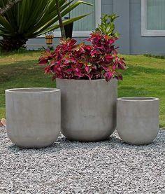 1282 - Let beton krukker