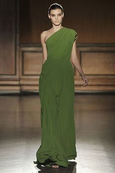 See the complete Sari Gueron Fall 2008 Ready-to-Wear collection.